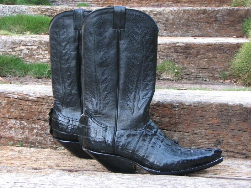 Caiman Crocodile Tail Black